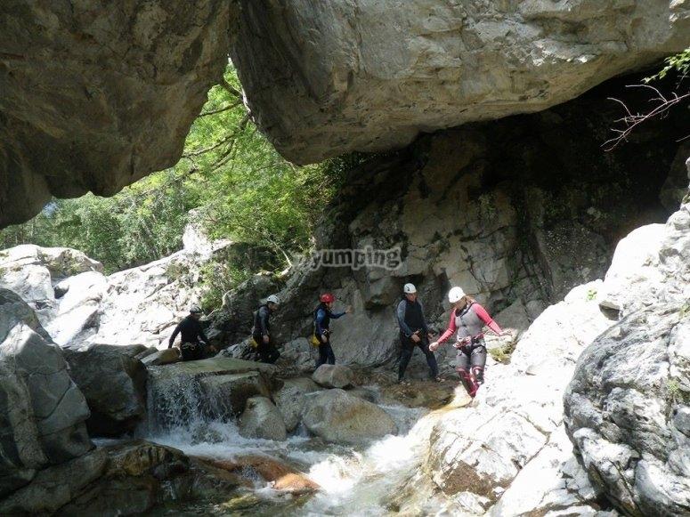 barranquismo cueva