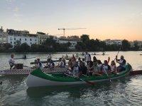 A bordo de las canoas en Sevilla