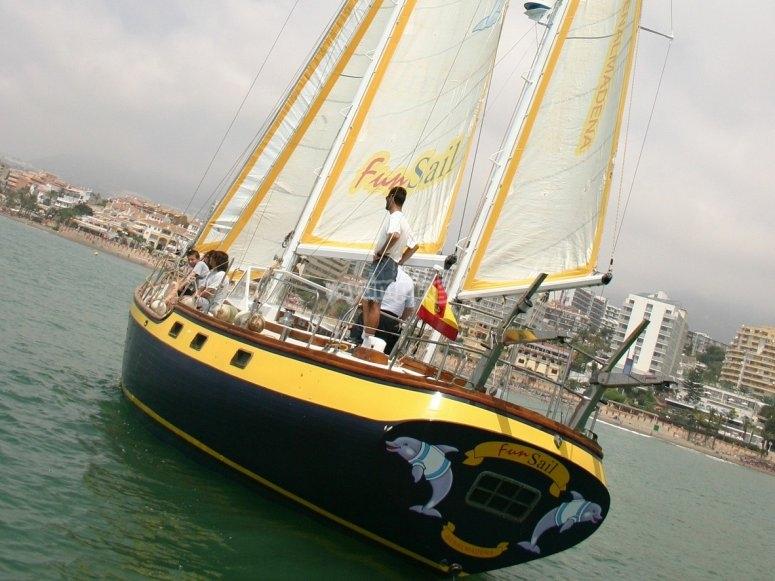 Barco en Benalmadena