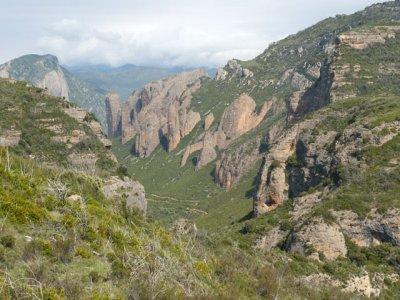 Viaje de senderismo Peña de Oroel 5 días