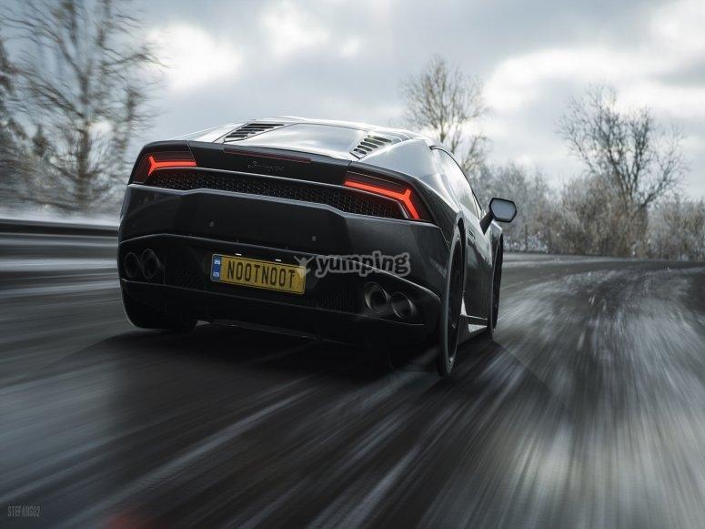 Parte trasera del Lamborghini Huracan