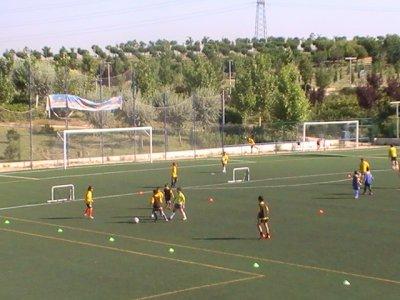 夏季校园足球在莫拉塔拉兹1周