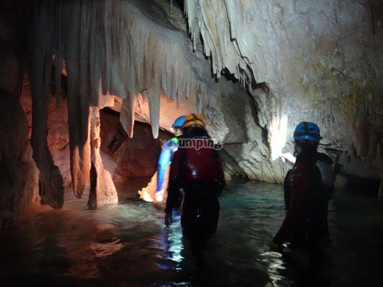 ríos subterraneos