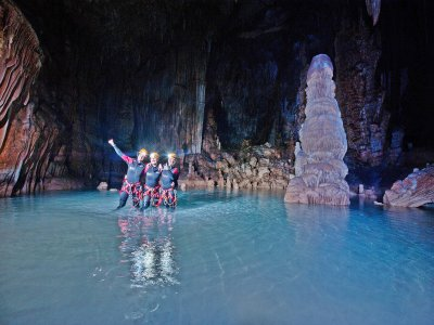 Visita a cueva submarina en Mallorca