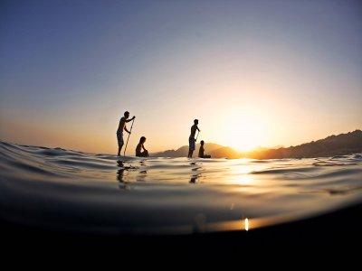 Stand Up Paddle Tour en Mallorca al atardecer