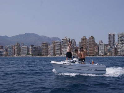 Boat rental with license in benidorm 2hrs