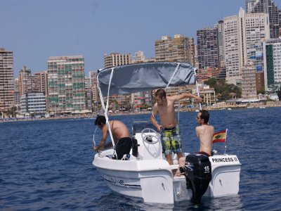 Speedboat ride with captain in Benidorm