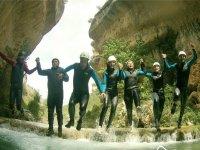 4h canyoning descent in Los Cortados del Jucar