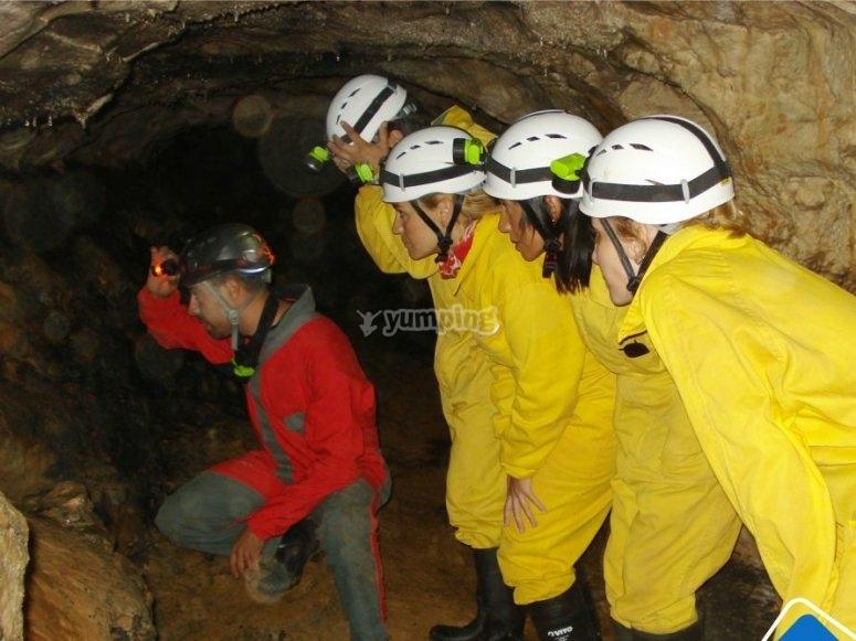 洞穴学会议洞穴中的洞穴学