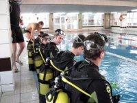 En nuestros cursos de buceo