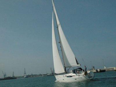Gita in barca a vela sportiva di 4 ore a Getxo