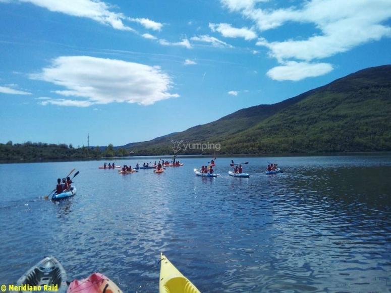 Kayaking in Lozoya