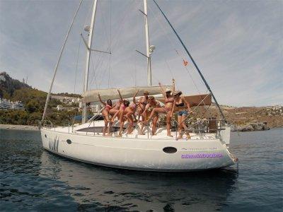 Almuñécar4h船上的单身派对