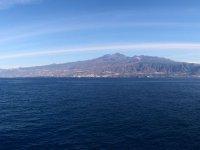 Tenerife a lo lejos