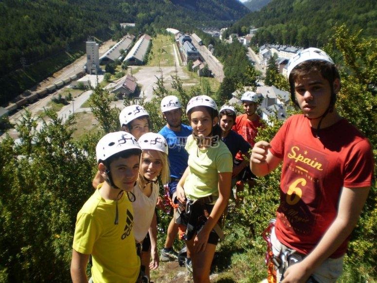 Grupo en escalada