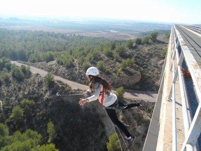 Dos saltos de puenting en Yeste y alojamiento
