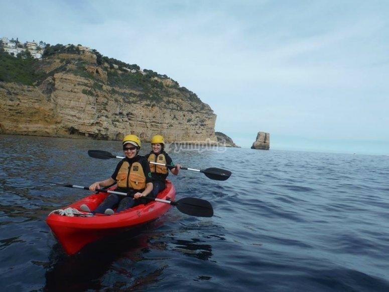In the canoe through the coast of Denia