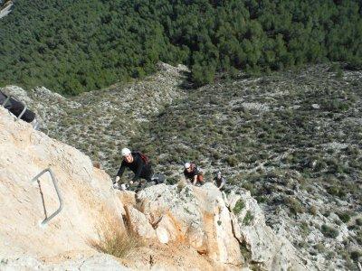 Vía ferrata en Alicante para niños 3 horas