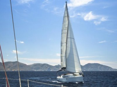 Sailboat ride in Estepona & appetizers, 4hrs
