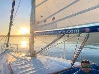 Ruta en barco en Estepona al atardecer 2 horas