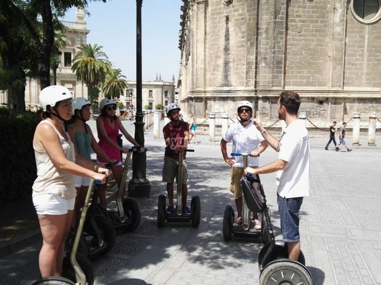 Guided tour with Segways