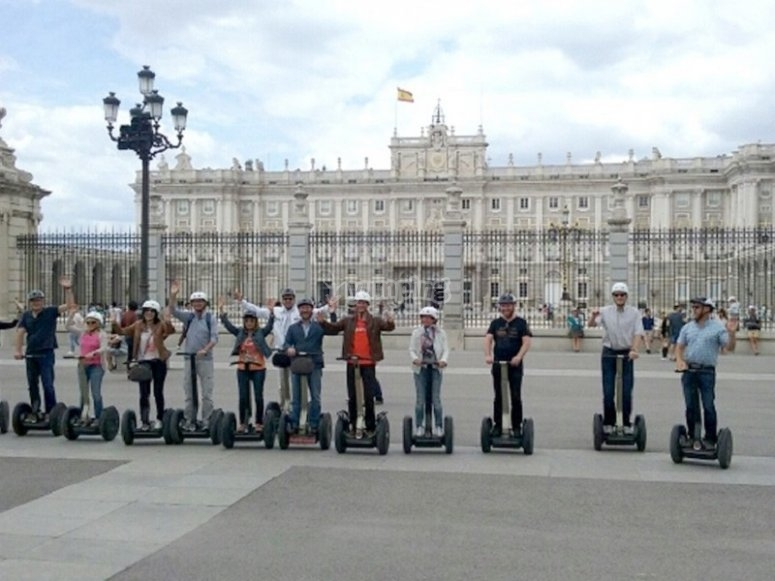 Tourism on segways in Madrid