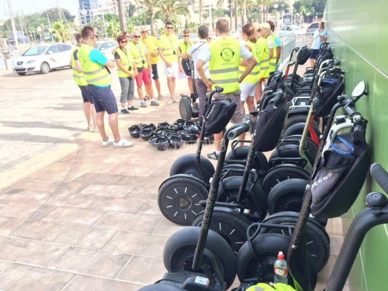 Guided visits on Segways