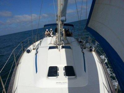 Alquiler Barco a Motor Cádiz Con Patrón Medio Día
