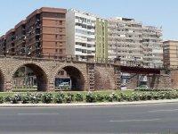 访问阿尔梅里亚内桥