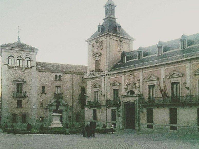 Villa Square