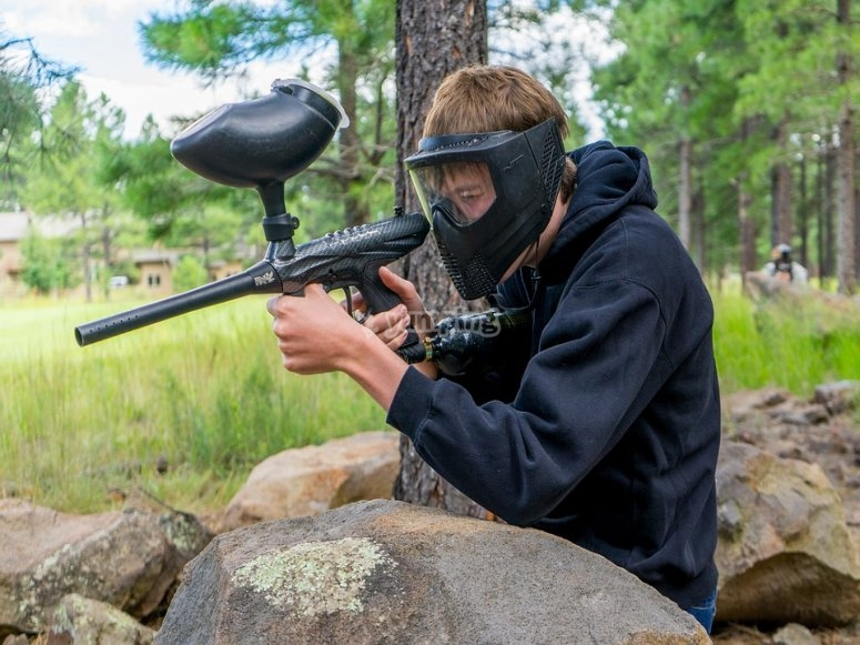 High-quality mask and gun