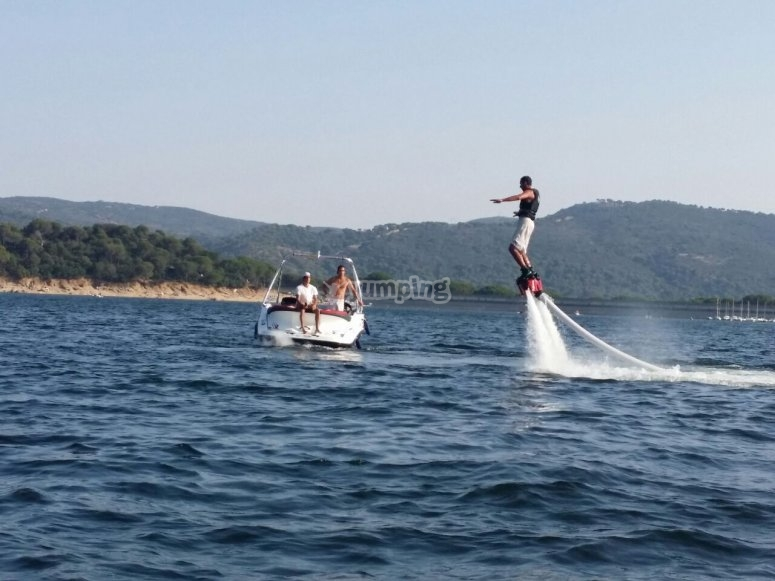 Keep your balance on the flyboard