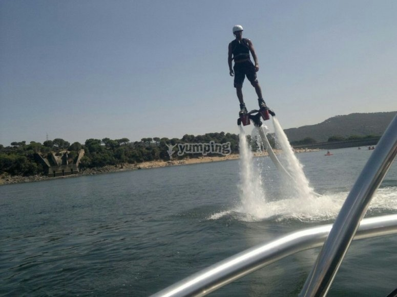 Flyboarding on San Juan reservoir