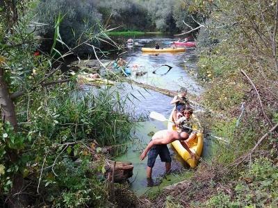 Bautismo en canoa en el río Tormes, 2 horas