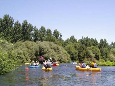 Percorso ambientale in canoa sul fiume Tormes, 3h.