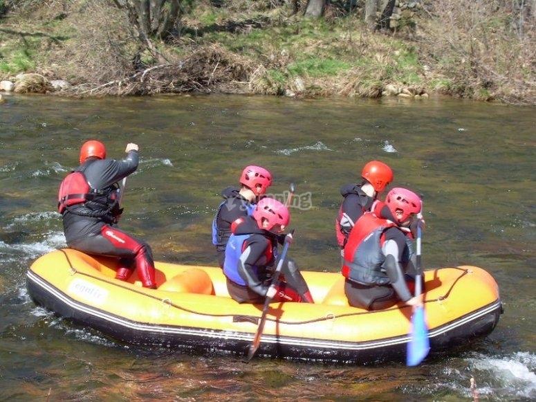 Rafting descend in thr Tormes river
