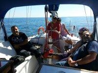 Velada romántica en velero desde Puerto Marina 2 h