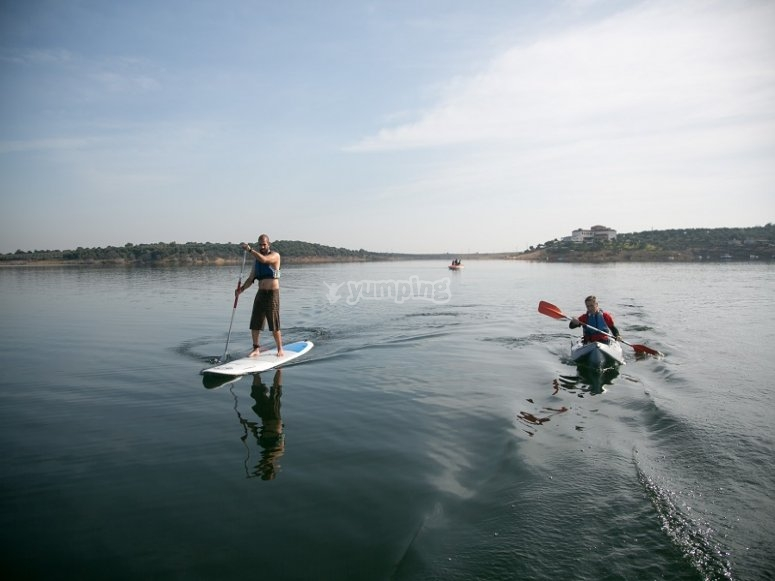 Paddle surf junto al kayak