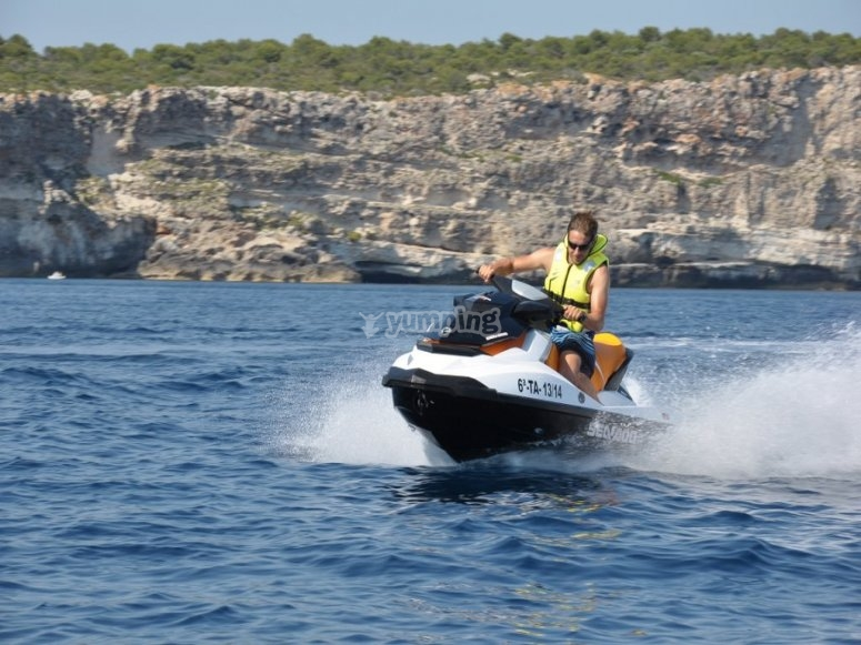 Excursion moto de agua