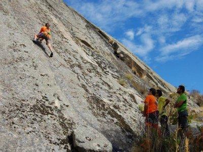 Curso de escalada en Ávila de 2 días y alojamiento