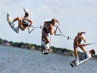Sesión de wakeboard en Ibiza para 3 pax, 30 min.