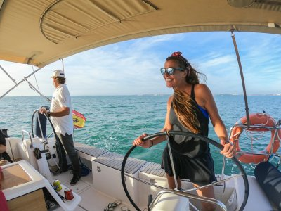 Paseo en velero desde El Puerto de Santa María 3h