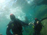 在船上从Barbate潜水洗礼