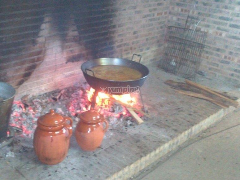 cibo fatto al fuoco