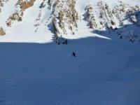 Esquia con Agua y Nieve