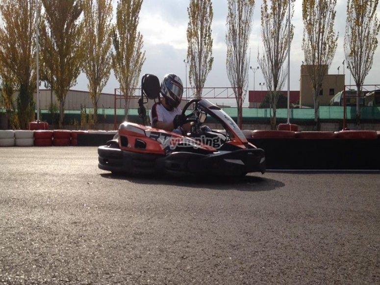 Go-kart a tutta velocità