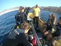 Preparando la inmersion desde barco