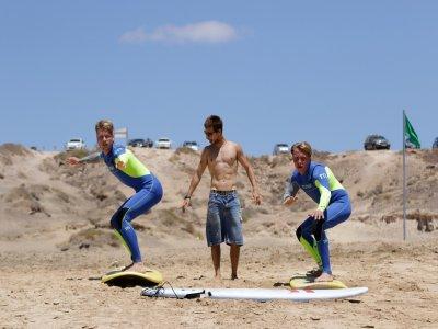 Sessione di surf a Corralejo, Fuerteventura 4 ore