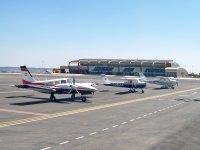 Nuestros aviones en el aeropuerto