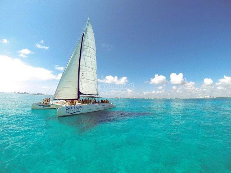 Navegando en un catamaran
